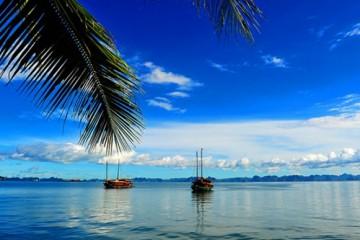 Khám phá 2 bãi biển Việt Nam đẹp như thiên đường
