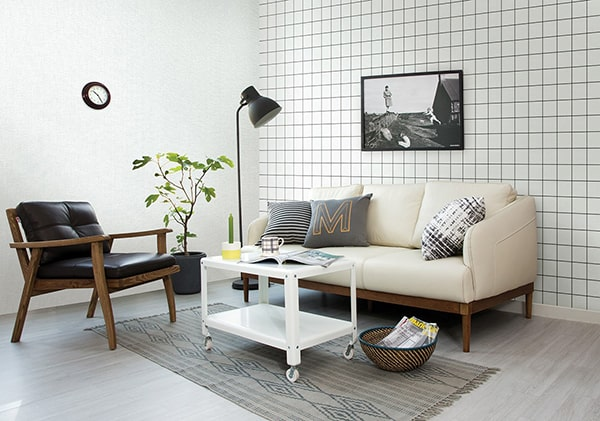 giá giấy dán tường với Giấy dán tường thông thường được làm bằng chất liệu mềm