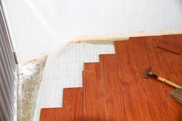Giấy dán tường giả gỗ 3D – Không gian phòng khách đẳng cấp, lôi cuốn